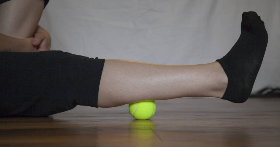 knee popping stretches