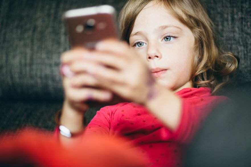 kids smartphone addiction